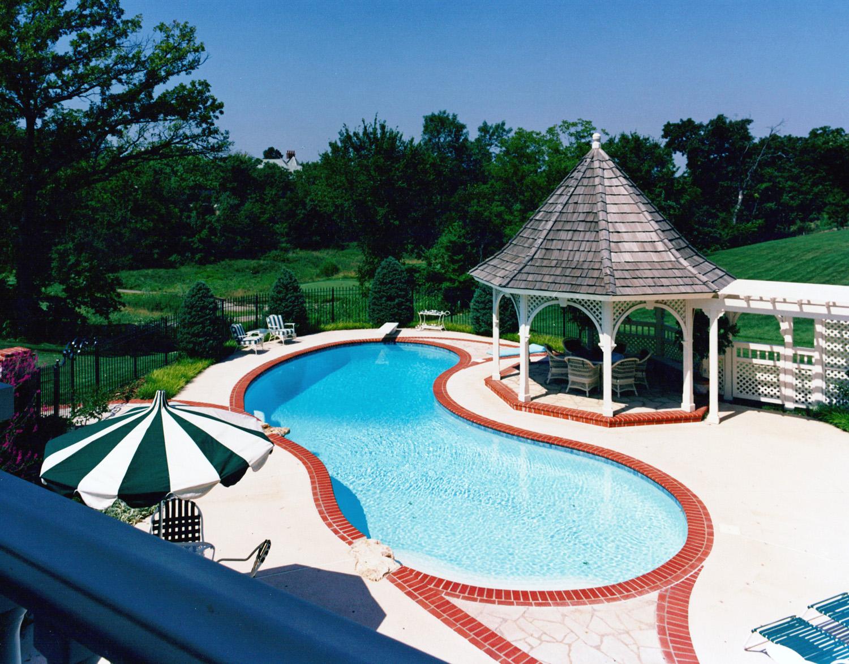 Pool robert montgomery homes luxury home builders for Best pool builders in kansas city